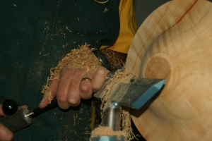 Woodturning Demonstration by Robbie Graham at Turnfest 2012
