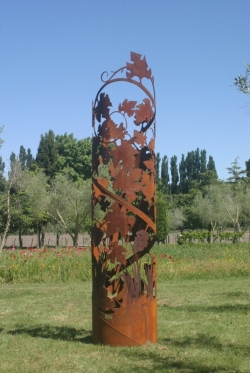 steel pipe sculpture by robbie graham